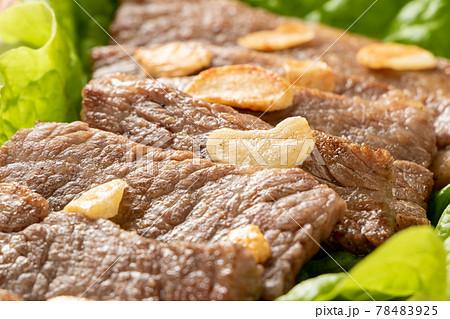 黒毛和牛焼肉(カルビの中で上級といわれる希少部位「三角バラ」)。 78483925