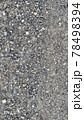 砂利で舗装された砂利道の道路 78498394