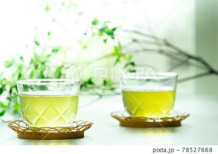 冷たい緑茶 78527668