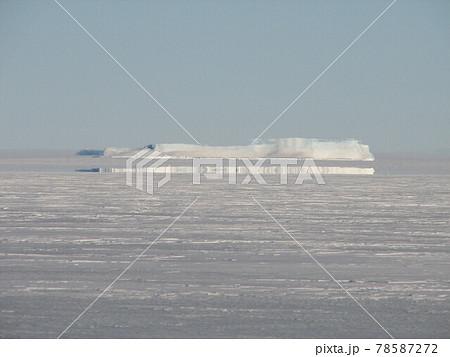 南極の蜃気楼 78587272