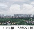 雨上がりの高層ビル群(ベトナム・ハノイ・ロンビエン) 78609146