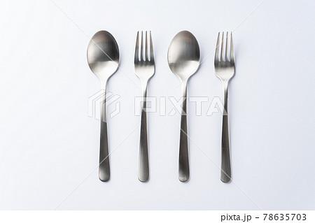 スプーンとフォーク 食器 78635703