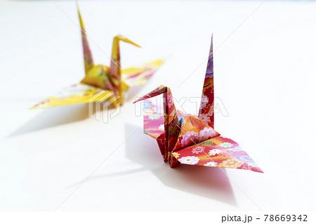折り鶴 日本の伝統的な折り紙 78669342