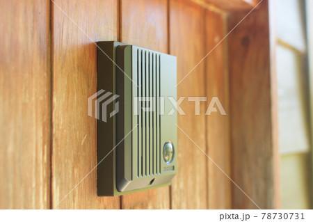 玄関のインターフォン 78730731
