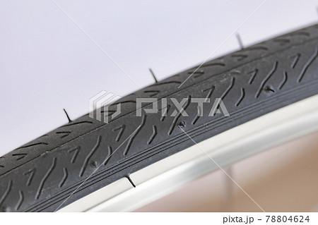 自転車のタイヤ 78804624