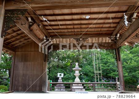 あじさい神苑で有名な兵庫県明石市の東播磨にある住吉神社の能舞台 78829664
