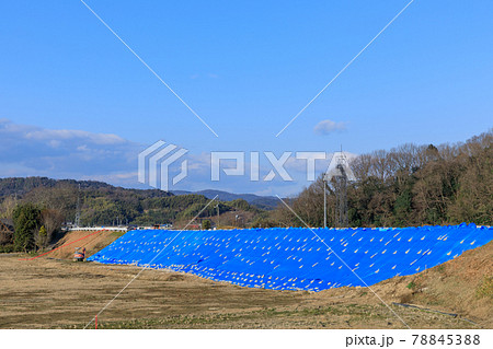 岡山_西日本豪雨で決壊した小田川の堤防工事 78845388