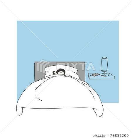 寝る女性 78852209
