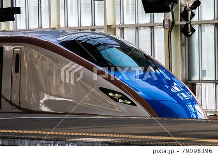 E7系新幹線を横からかっこよく(?) 79098396