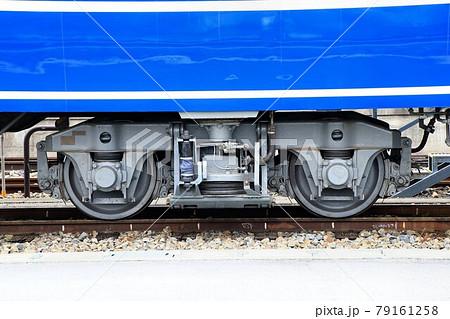 鬼怒川路を行く…国鉄14系客車の台車(TR217C形) 79161258