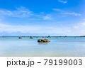 沖縄県宮古島、伊良部島の佐和田の浜・日本 79199003
