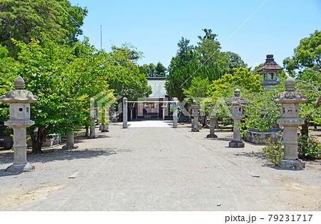 福岡県うきは市の長野水神社の境内と拝殿 79231717