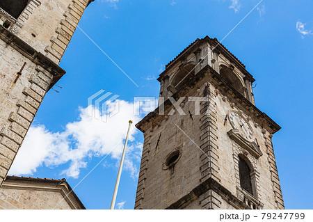 モンテネグロ コトルの聖トリプン大聖堂の塔 79247799