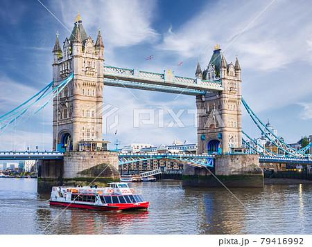 ロンドン タワー・ブリッジ 79416992