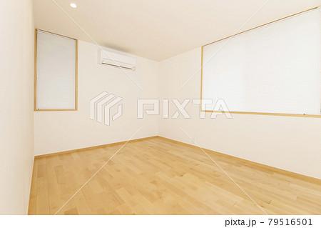 新築の何もない部屋 79516501