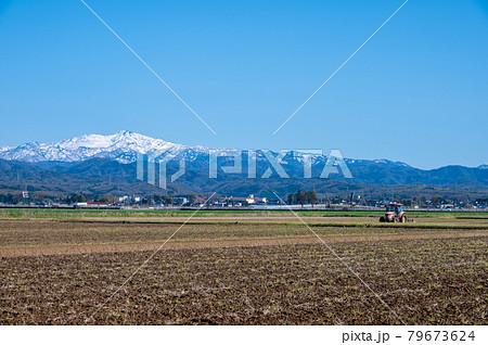 霊峰白山 白山 石川県能美市から/2021年4月5日撮影 79673624