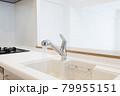 キッチンの蛇口 79955151