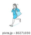 急いで走る ビジネスウーマン 80271030