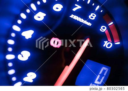 車のタコメーター・スピードメーター 80302565