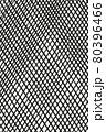 黒い網模様のアナログ背景 縦 80396466