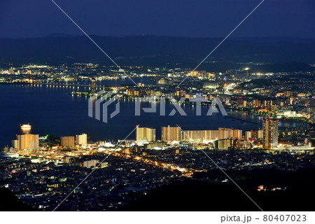 琵琶湖畔大津市街の夜景 80407023