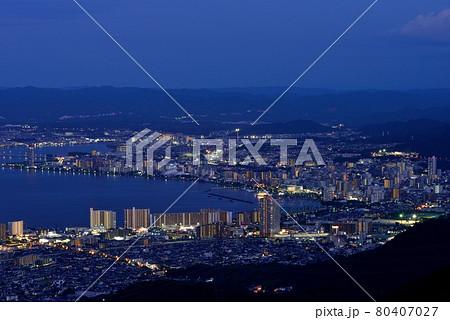 琵琶湖畔大津市街の夜景 80407027