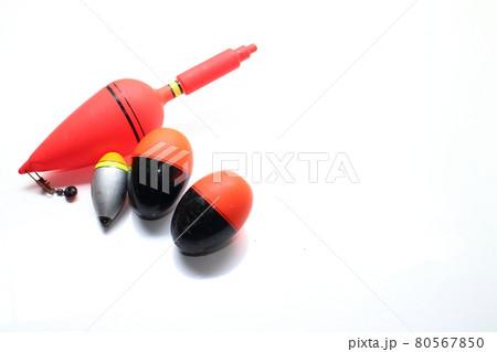 釣りで使うウキのイメージ素材 80567850