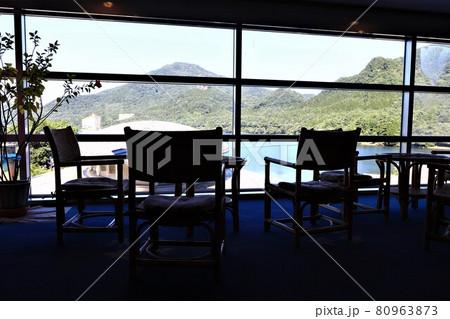 榛名山ー榛名湖の湖畔の宿から望む榛名湖 80963873