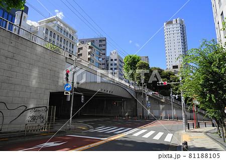 8月 港区479乃木坂と乃木坂陸橋・赤坂九丁目 81188105