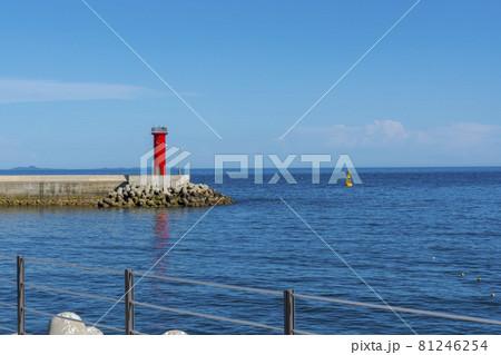 海 灯台 ペクリョン島 81246254