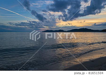 山口県光市虹ケ浜海水浴場から見た風景2021(秋) 81651504