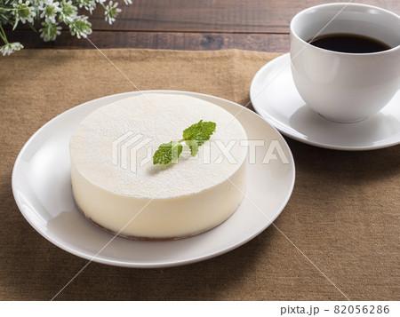 レアチーズケーキ 82056286