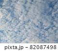 空一面の細かい雲 82087498