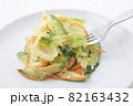 野菜サラダ 82163432