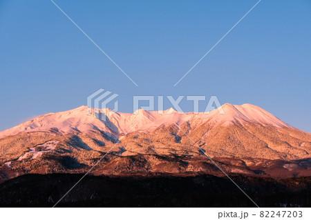御嶽山・冬(夜明け) 82247203