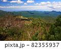 初夏の定山渓天狗岳と周辺の山並み 82355937
