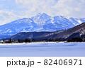 妙高市街地から望む妙高連峰 82406971