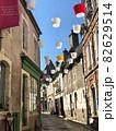 フランスの路地 82629514