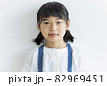 女の子 82969451