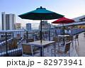 藤沢市の町並み テラスモール湘南の屋外テラスと辻堂駅周辺の町並み 82973941