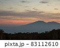 夕暮れの野反峠から見る浅間山 83112610