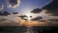 日本海の夕日 8195806