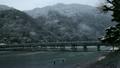2月冬 雪の渡月橋  京都嵐山の冬景色 10488823