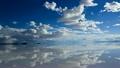 ウユニ塩湖 15998573