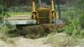 Unidentified worker control Bulldozer to excavator 16456463