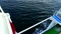 波を切る船 21458360