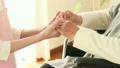 介護 女性 シニアの動画 21753625