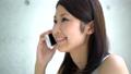 電話で話す女性 22263764