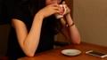 カフェ 人物 パーツカットの動画 24393088