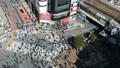 世界一有名な交差点 渋谷スクランブル交差点 俯瞰 ハイアングル 昼 60秒映像 24907376